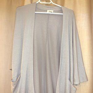 Wilfred kimono. It has pockets!